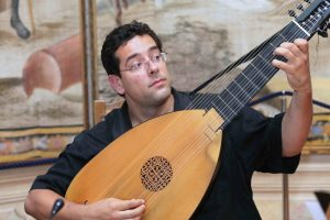 Eitan Hoffer - Lute and Theorbo